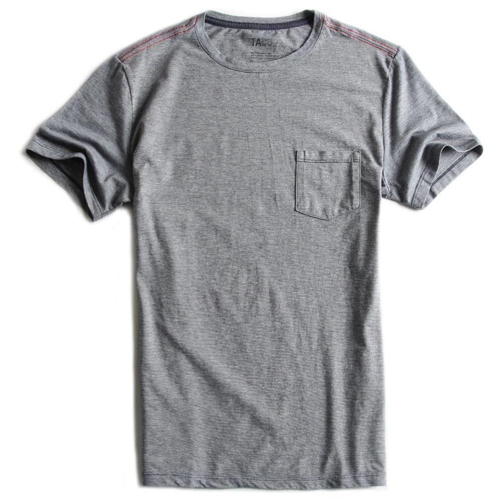 T-shirt-Com-Bolso-Azul-Marinho-